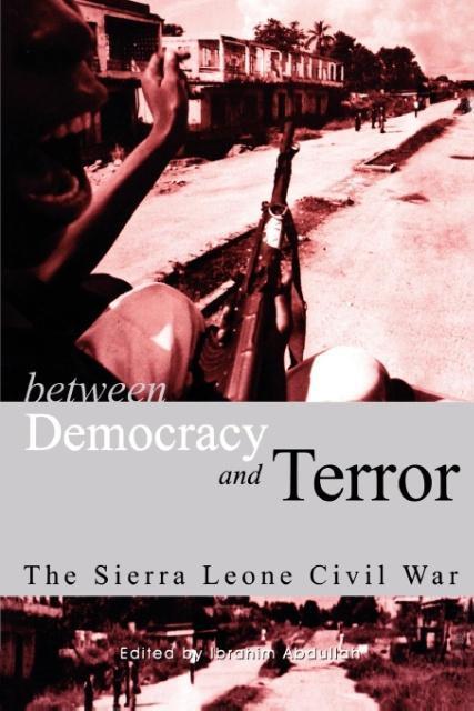 Between Democracy and Terror als Taschenbuch von