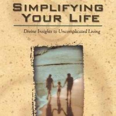 Simplifying Your Life: Divine Insights to Uncomplicated Living als Taschenbuch