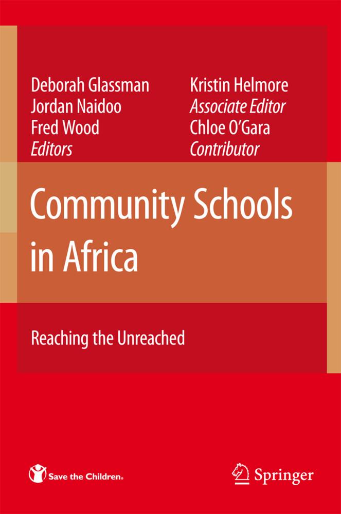 Community Schools in Africa als Buch von Kristi...