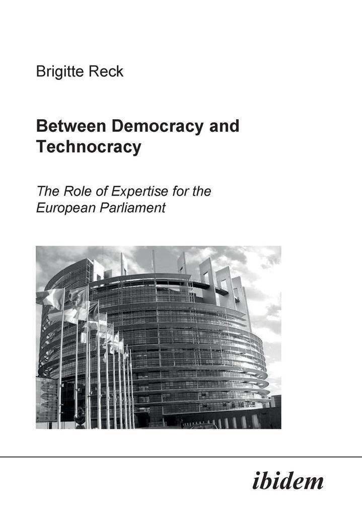 Between Democracy and Technocracy als Buch von ...