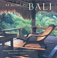 At Home in Bali als Buch