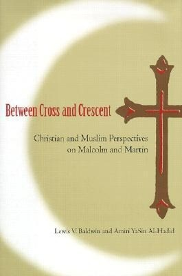 Between Cross & Crescent als Buch