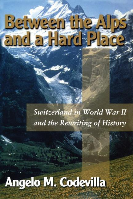 BETWEEN THE ALPS & A HARD PLAC als Buch