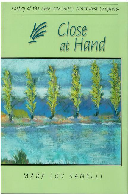 Close at Hand: Poetry of the American West: Northwest Chapters als Taschenbuch