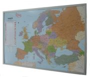 Politische Europakarte auf Kork-Pinnwand