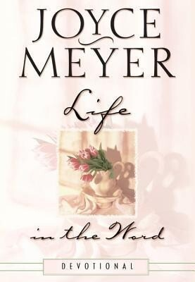 Life in the Word Devotional als Buch (gebunden)