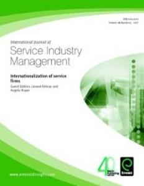 Internationalization of Service Firms als eBook...