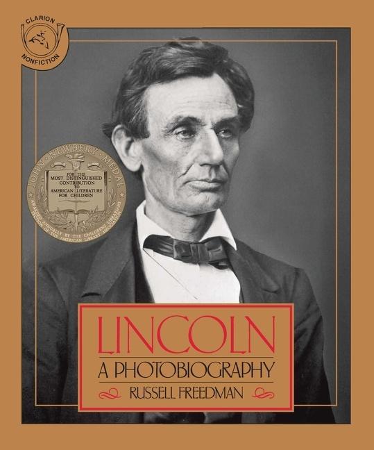 Lincoln: A Photobiography als Taschenbuch