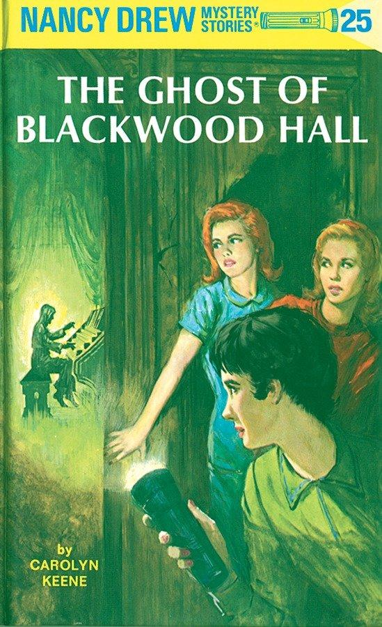 The Ghost of Blackwood Hall als Buch