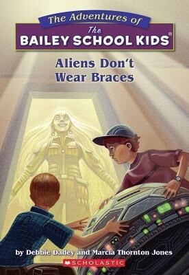 Aliens Don't Wear Braces als Taschenbuch