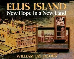 Ellis Island: New Hope in a New Land als Buch