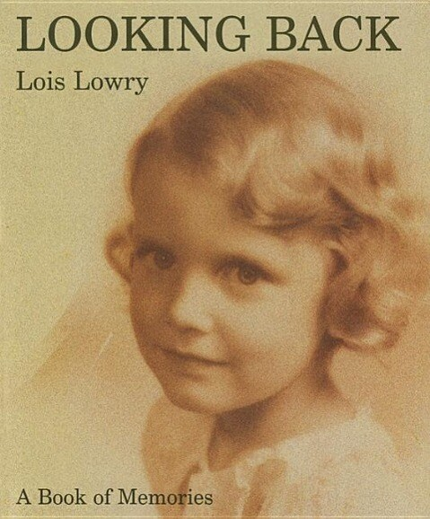 Looking Back: A Book of Memories als Buch