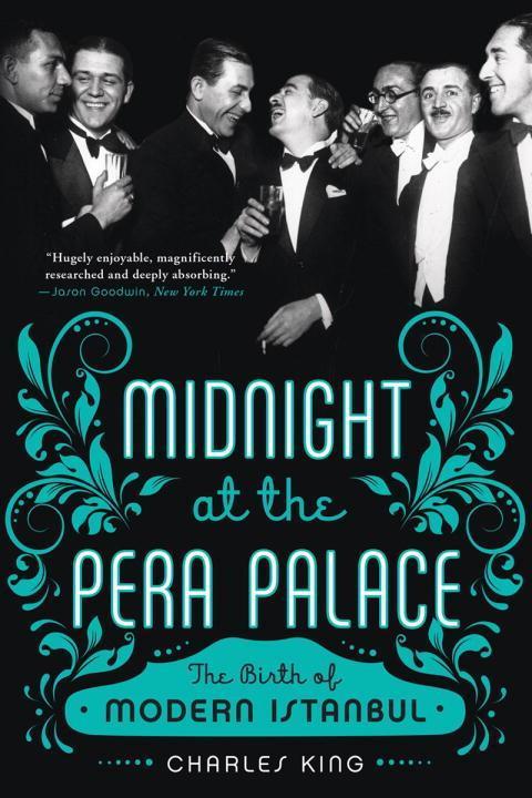 Midnight at the Pera Palace als Buch von Charle...