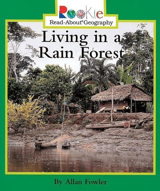 Living in a Rain Forest als Taschenbuch