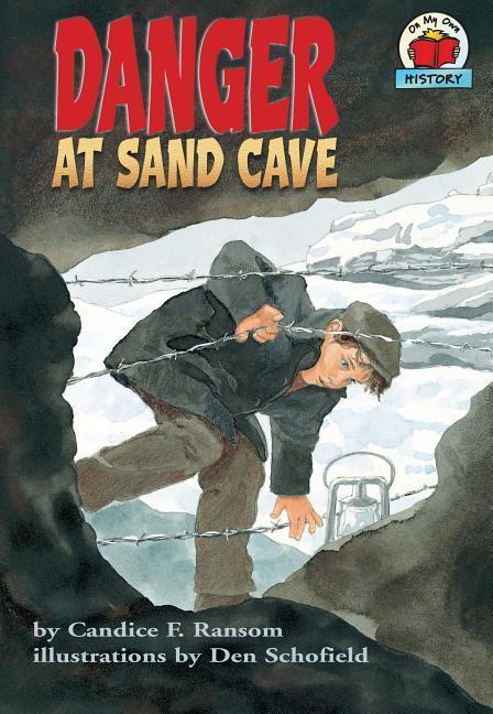 Danger at Sand Cave als Taschenbuch