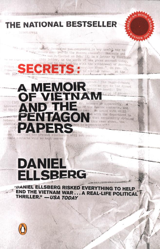 Secrets: A Memoir of Vietnam and the Pentagon Papers als Taschenbuch