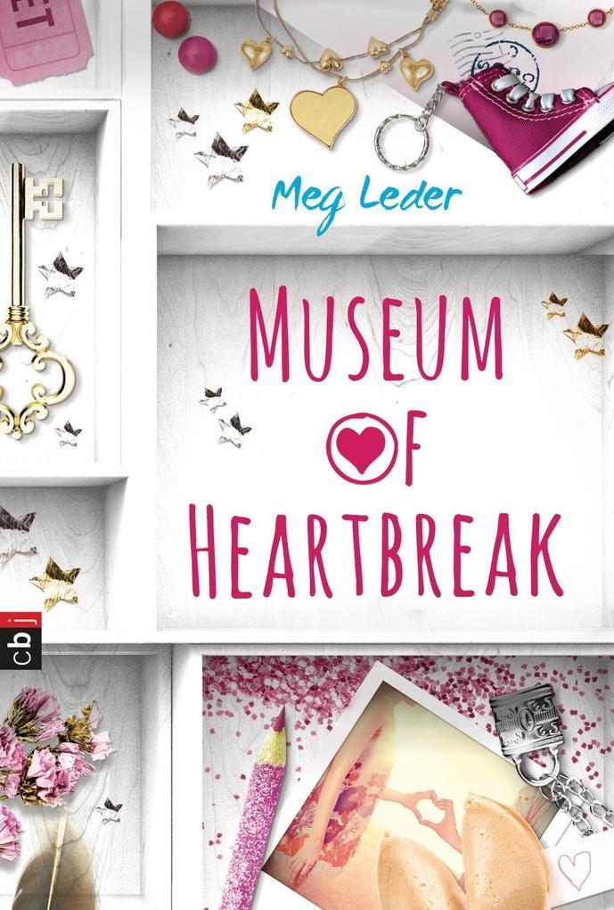 Museum of Heartbreak als Buch