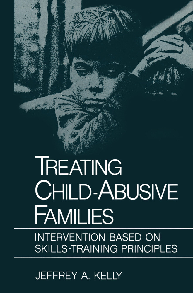 Treating Child-Abusive Families als Buch