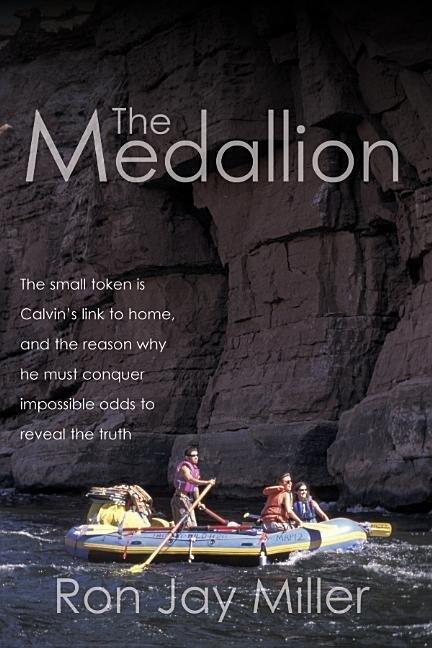 The Medallion als Taschenbuch