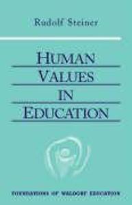 Human Values in Education als Taschenbuch