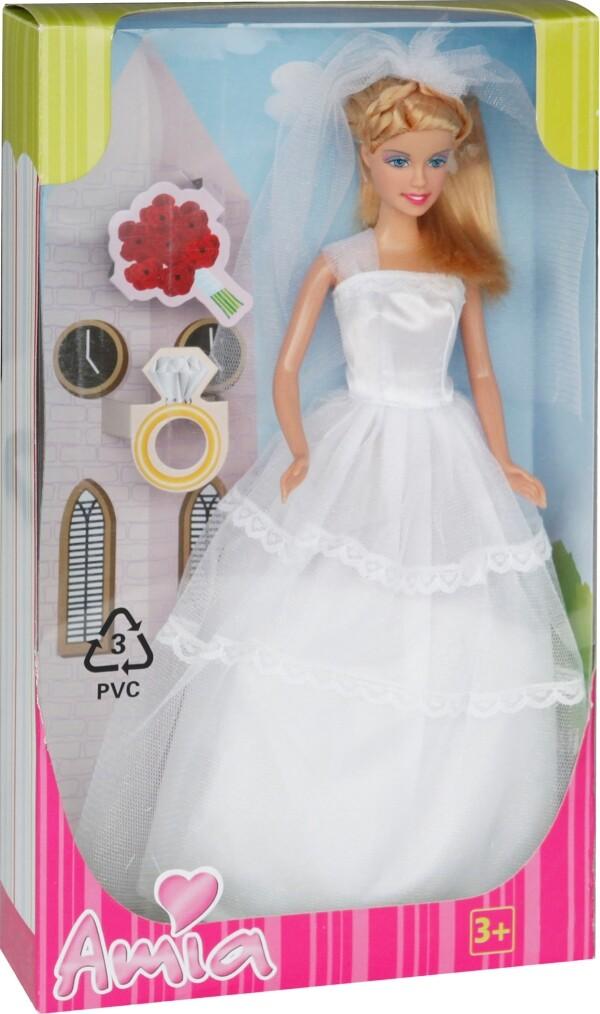 Amia Nicole im Brautkleid