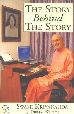 The Story Behind the Story: My Life of Service Through Writing als Buch
