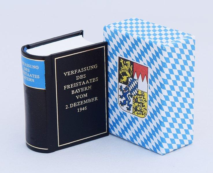 Verfassung des Freistaates Bayern vom 2. Dezember 1946 als Buch