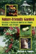 The Nature-Friendly Garden als Taschenbuch