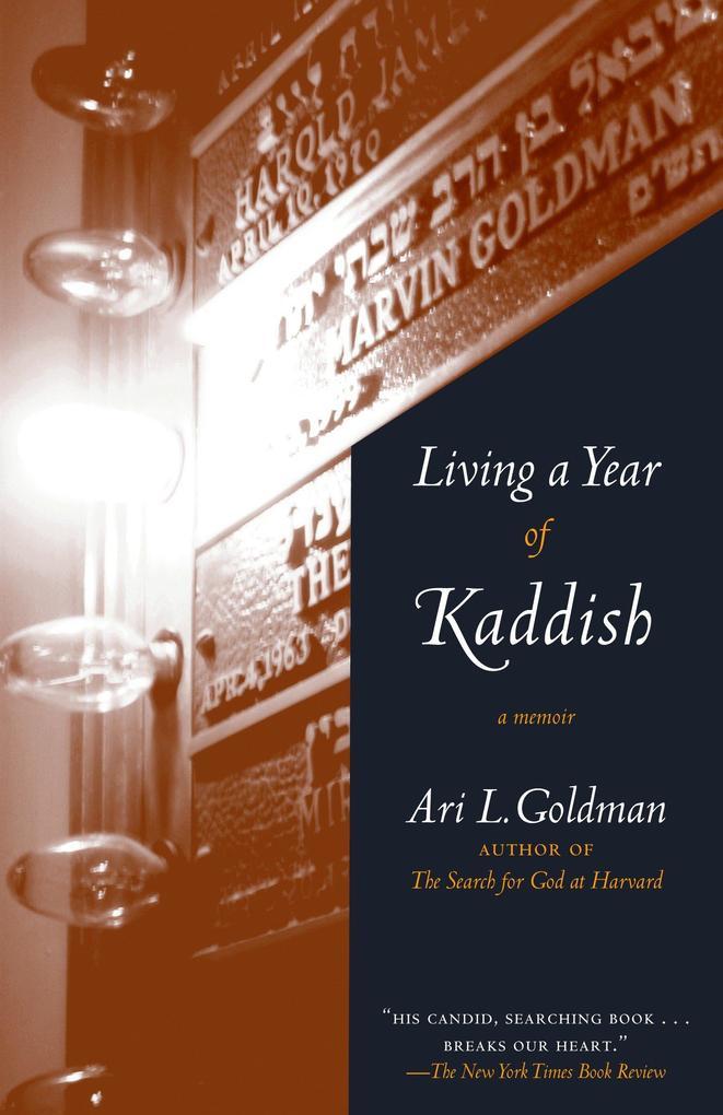 Living a Year of Kaddish: A Memoir als Taschenbuch