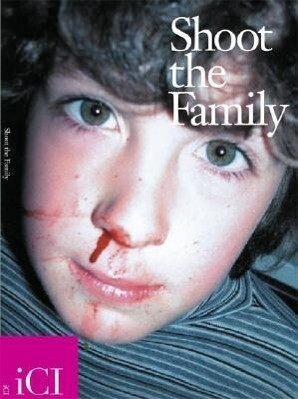 Shoot the Family als Buch