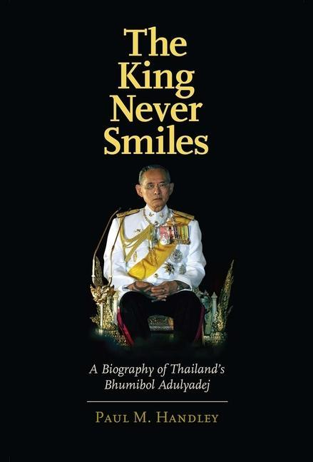 The King Never Smiles als Buch