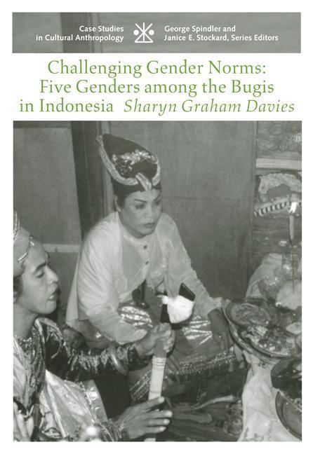 Challenging Gender Norms: Five Genders Among Bugis in Indonesia als Taschenbuch