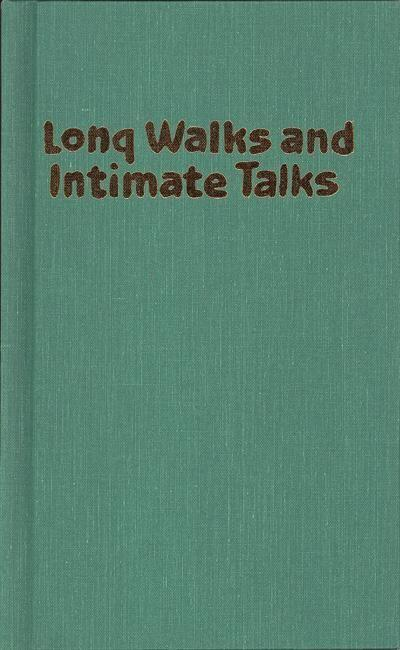Long Walks and Intimate Talks: Stories, Poems and Paintings als Buch