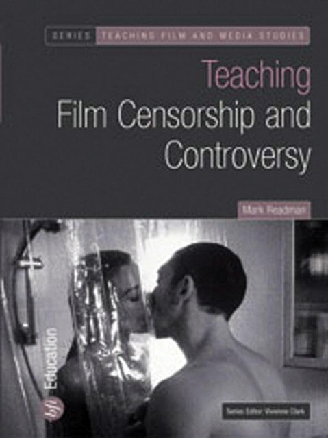 Teaching Film Censorship and Controversy als Taschenbuch