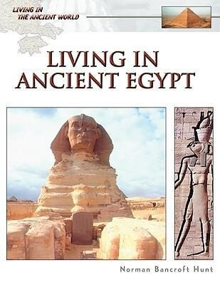 Living in Ancient Egypt als Buch